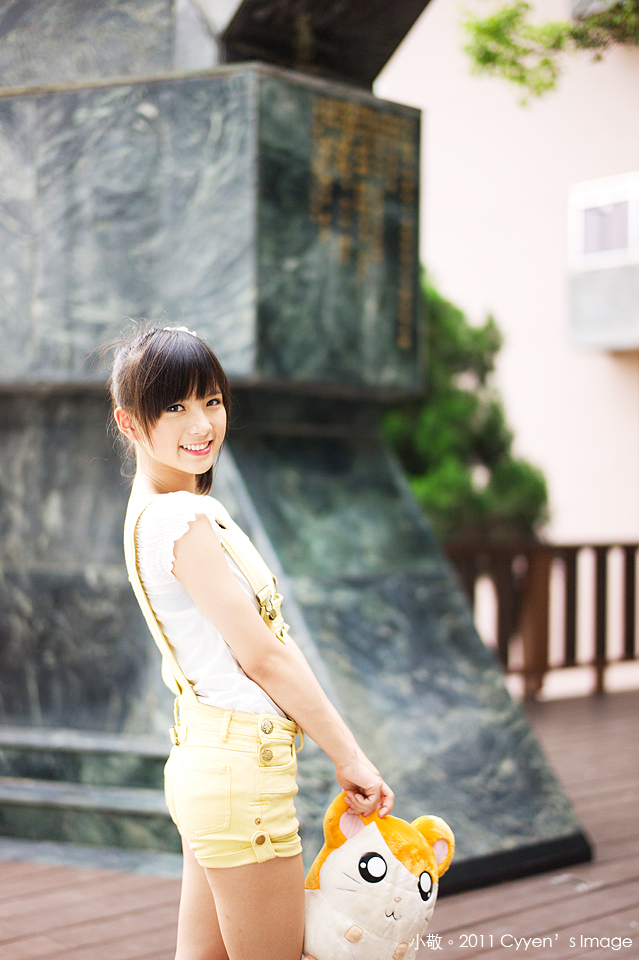 小敬外拍 (48)