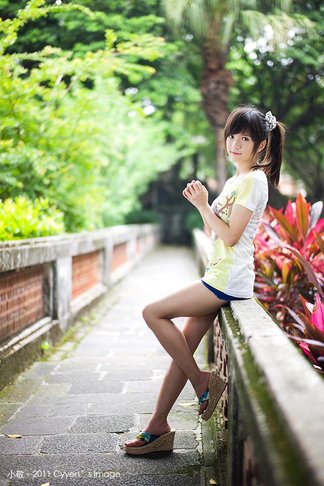 小敬外拍 (78)