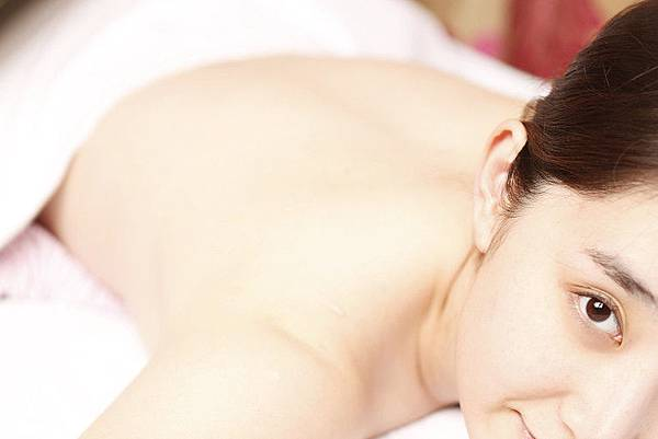 脈衝光可任意選擇適合的波長針對皮膚各種問題進行處理