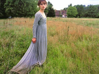 keira-knightley-muddy-gown-hem-pride-and-prejudice.jpg