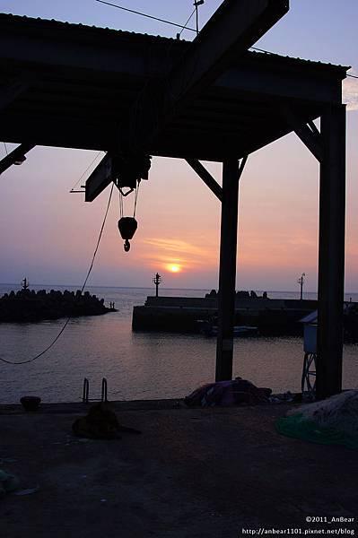麟山鼻魚港