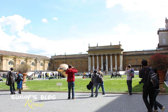 Vatican Museum01.jpg
