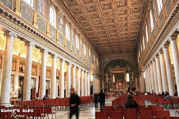 Basilica di Santa Maria Maggiore 01.jpg