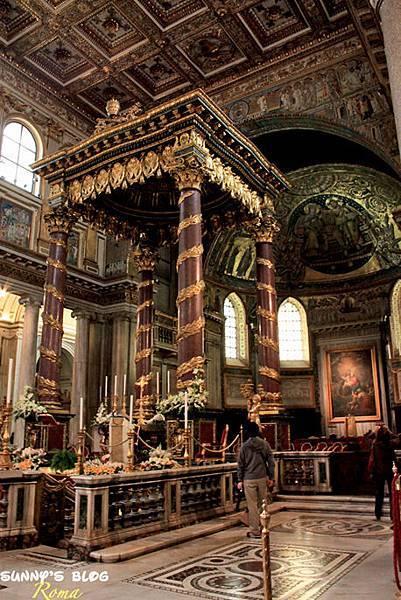 Basilica di Santa Maria Maggiore 08.jpg