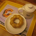 我的早餐-Mr. Donuts甜甜圈+紅茶一壺