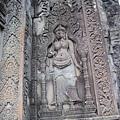 巴奈寺石牆上的雕刻