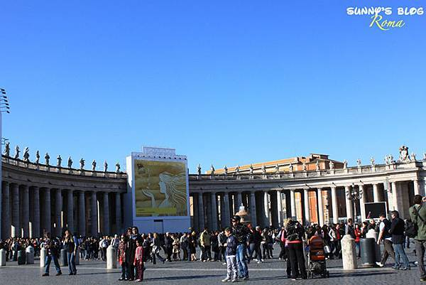 St. Peter's Square14.jpg
