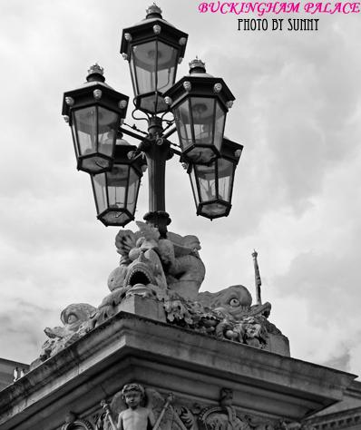 Buckingham Palace 5.jpg