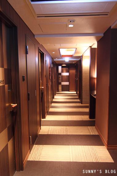 Hotel Coco Grand hallway