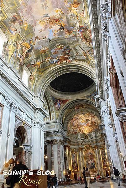 Chiesa di Sant'Ignazio di Loyola in Campo Marzio 02.jpg