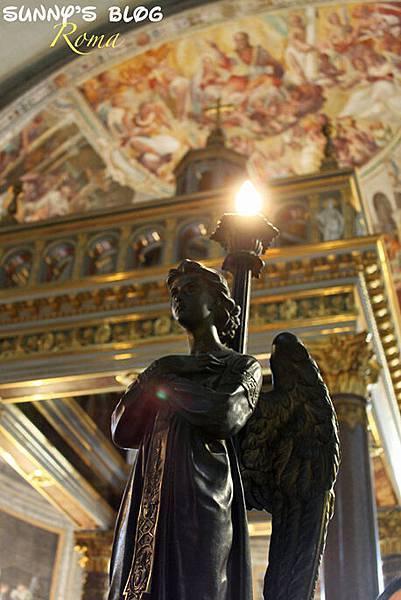 Chiesa di San Pietro in Vincoli 07.jpg