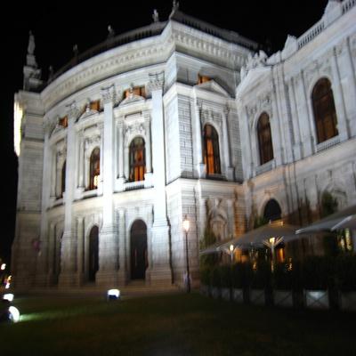 Burgtheater-城堡劇院-1.JPG