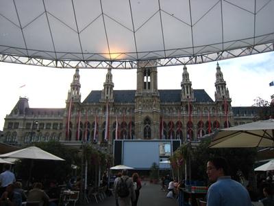Rathaus in the daytime-白日的市政廳-2.JPG