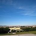 從Gloriette葛羅麗葉樓閣可以看到整個舊維也納市區.JPG
