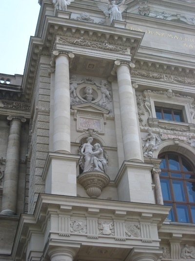 Kunsthistorisches Museum藝術史博物館牆壁上的浮雕(浮士德與海倫娜).JPG