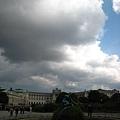 從Volksgarten國民花園看Neue Burg新城堡.JPG