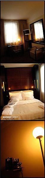 Maximilian Hotel - Room.jpg
