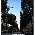 Along Champs-Élysées 2.JPG