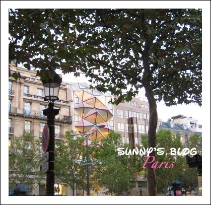 Along Champs-Élysées 4.JPG