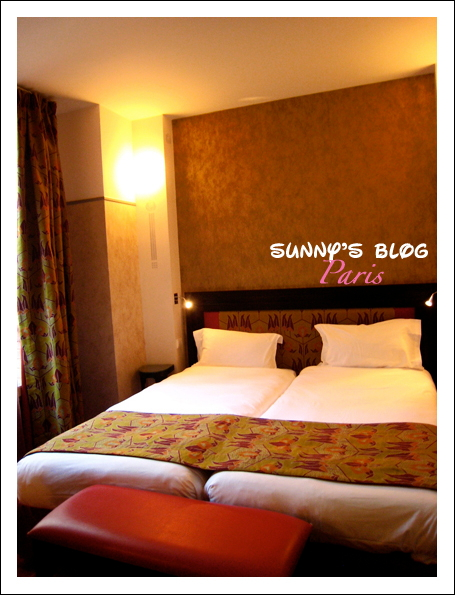Hotel Eiffel Seine 4.JPG