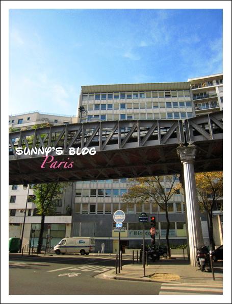 Street Scene Paris 4.JPG