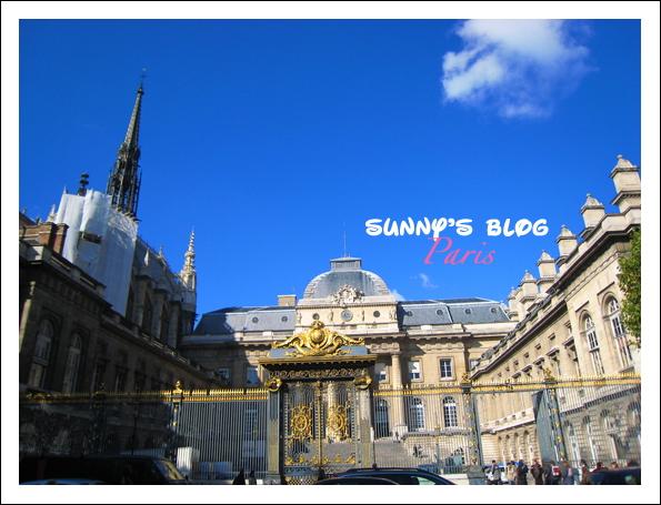 Street Scene Paris 16.JPG