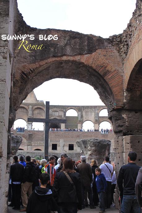 Colosseum05.jpg