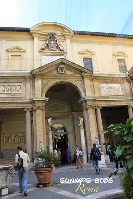 Vatican Museum04.jpg