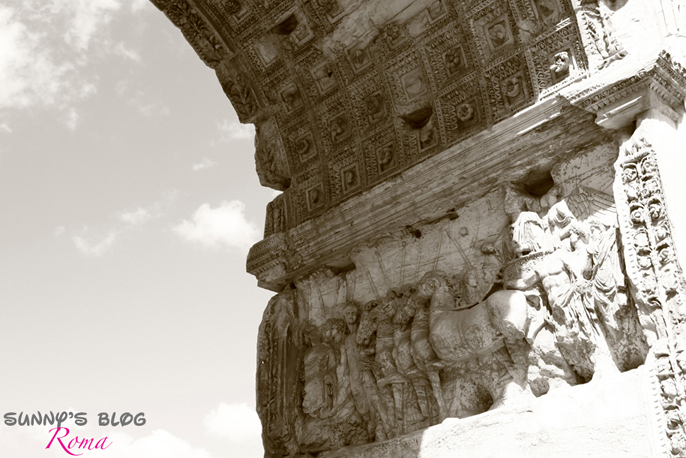 Roman Forum 04 - Arch of Titus.jpg