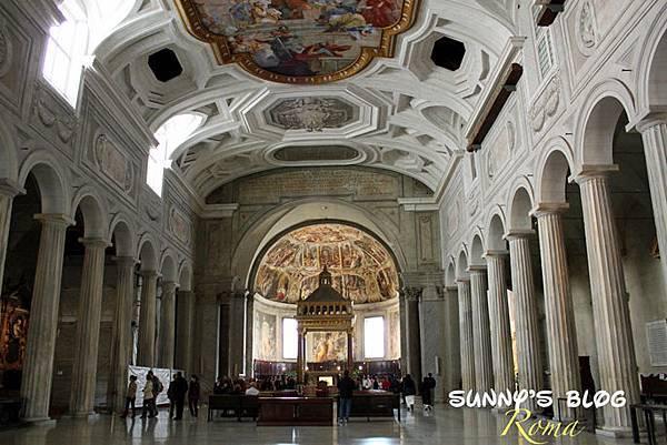 Chiesa di San Pietro in Vincoli 05.jpg