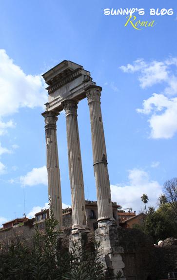 Roman Forum 11.jpg