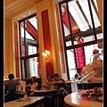 Sacher Cafe 1.jpg