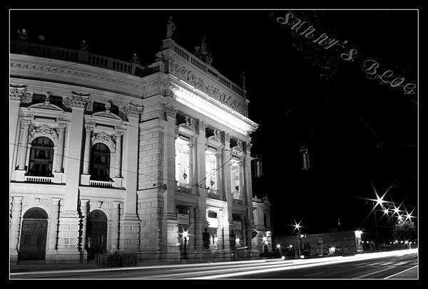 Burgtheater at night.jpg