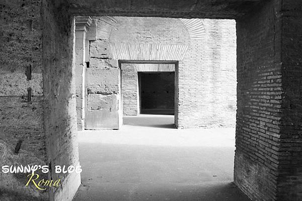 Colosseum23.jpg