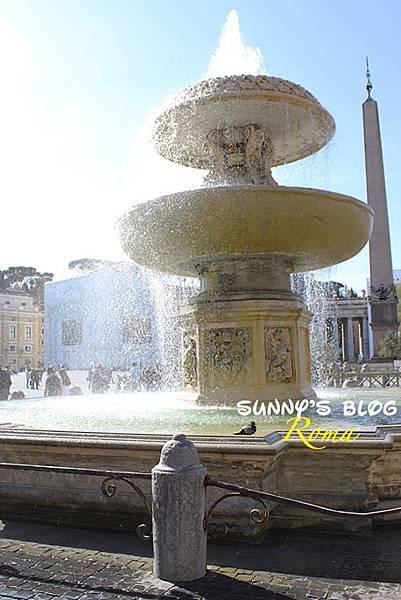 St. Peter's Square03.jpg