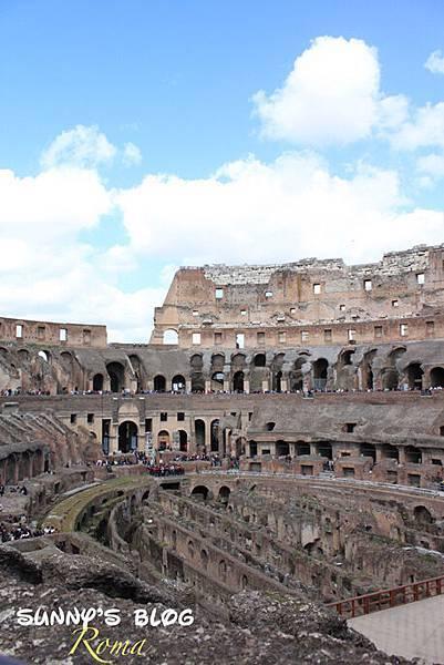 Colosseum20.jpg