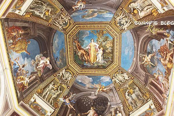 Vatican Museum09.jpg