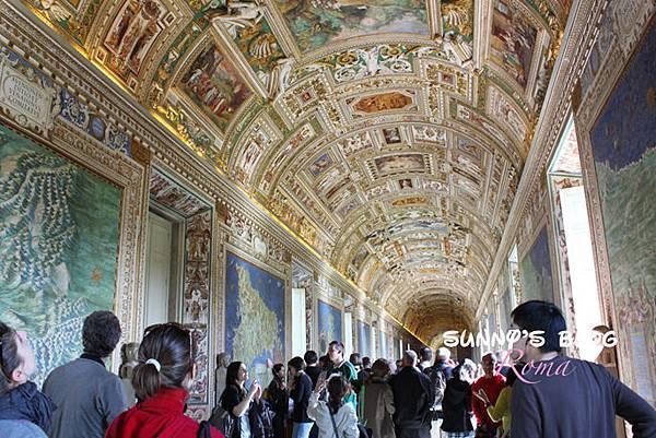 Vatican Museum20.jpg