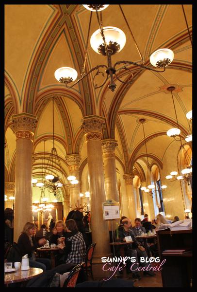 Cafe Central-20100208-10.jpg