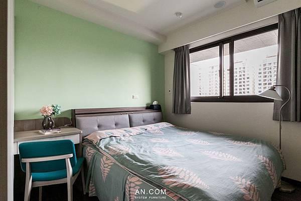床頭機能櫃IMG_6184-1.jpg