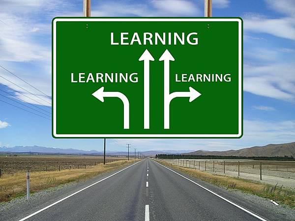 learn-64058_1920.jpg