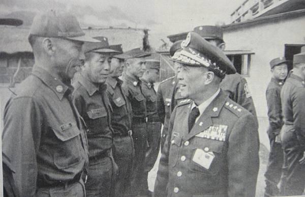 勝利之光6602-1警備老士官兩種小帽