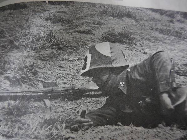 中國陸軍畫刊187期69年6月主官武藝競賽-9.JPG