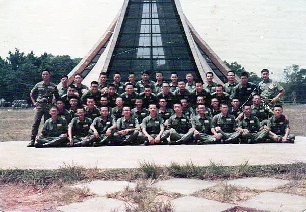 6609成功嶺行軍東海大學五營七連第一排.jpg