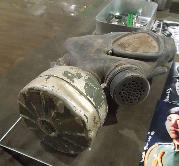 62式防毒面具.JPG