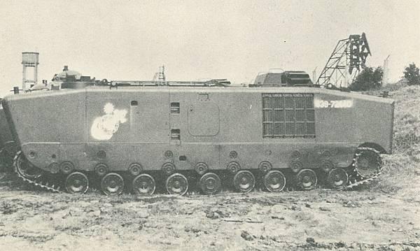 中國海軍6209-陸戰隊首見LVTP5.jpg
