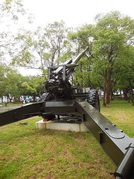 國造XT69式增程砲4.jpg