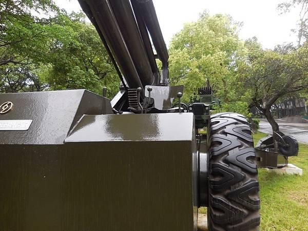國造XT69式增程砲3.jpg