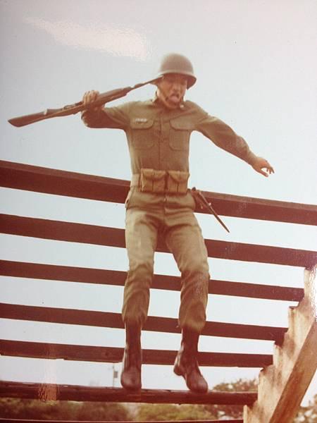 71年210師步五營500障礙.JPG