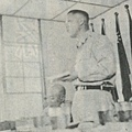 中國陸軍畫刊5007-2第10師師長吳嘉葉少將主持會議.jpg